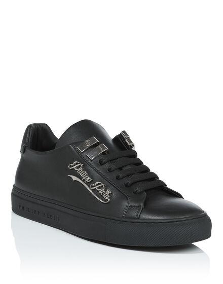 "Lo-Top Sneakers ""Rams"""