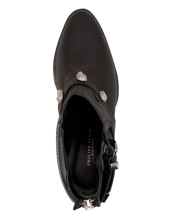 """Boots Lo-Heels Low """"fauna"""""""