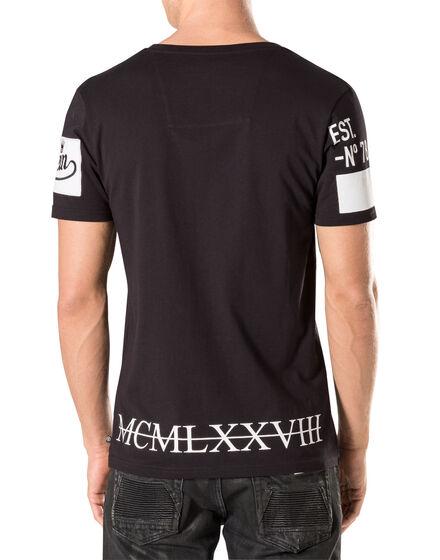 """T-shirt V-Neck SS """"Awan"""""""