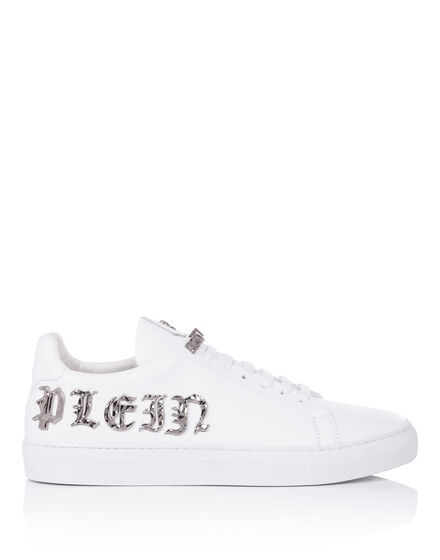 "Lo-Top Sneakers ""Plays"""