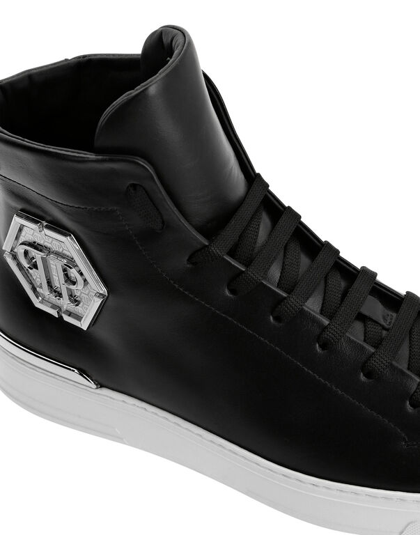 Hi-Top Sneakers Hexagon Stars and skull