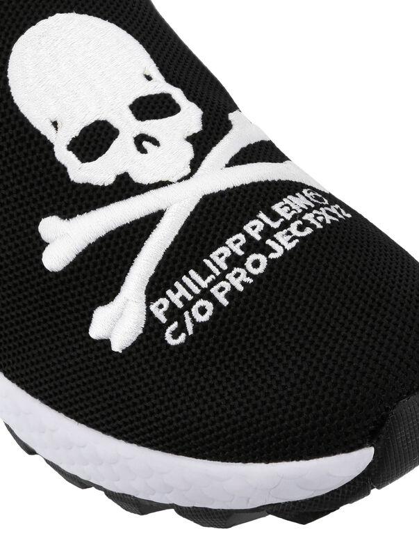 Runner xyz Skull