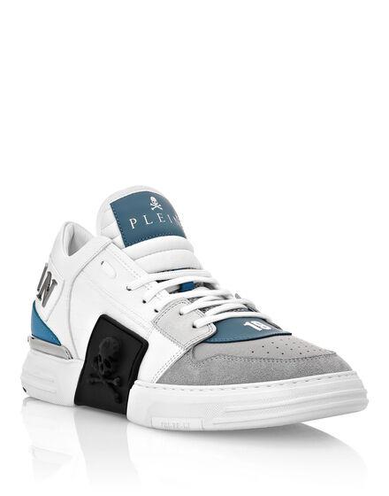Lo-Top Sneakers PHANTOM KICK$