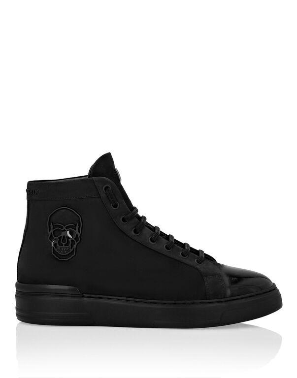 Hi-Top Sneakers The $kull TM