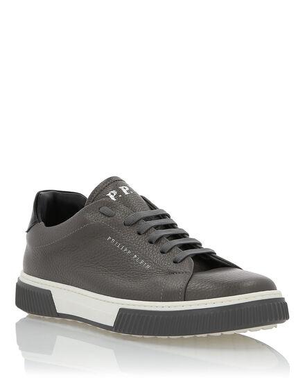 Lo-Top Sneakers Fresh