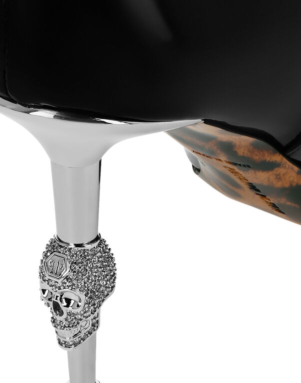 Soft Patent leather Boots Mid Heels Mid Skull
