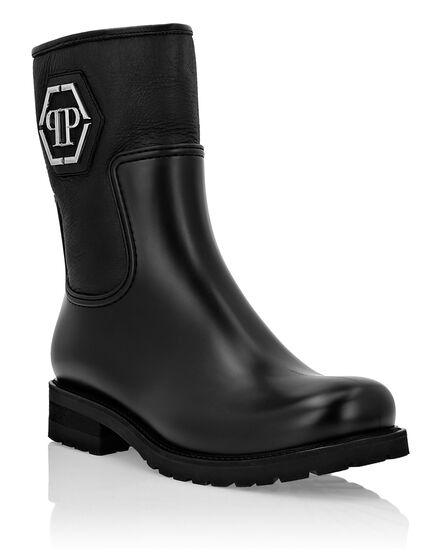 Boots Mid Flat Statement