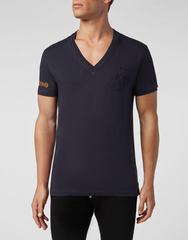 T-shirt V-Neck SS Statement