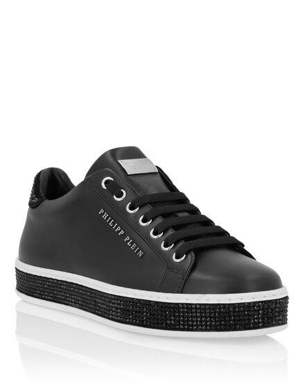 3d65aab1a6daa7 Lo-Top Sneakers Crystal ...