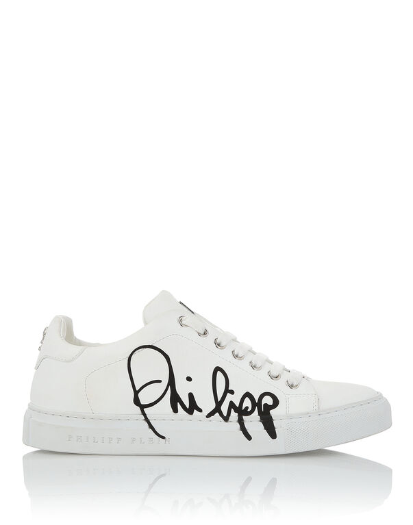 "Lo-Top Sneakers ""Signature"""