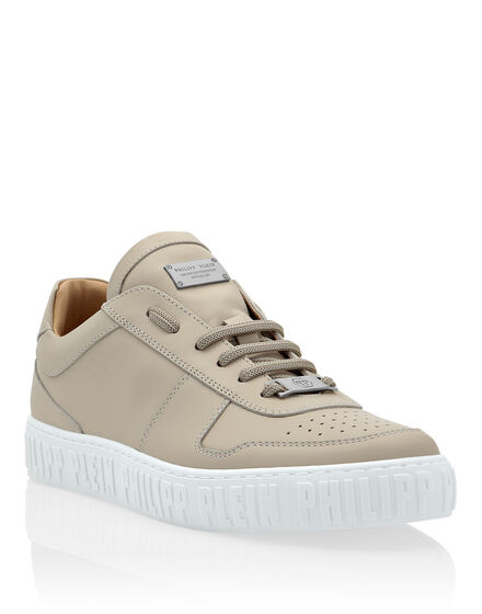 Leather Lo-Top Sneakers King Power