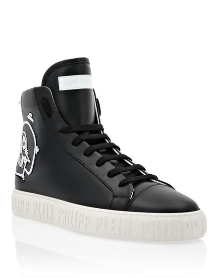 Hi-Top Sneakers Skull