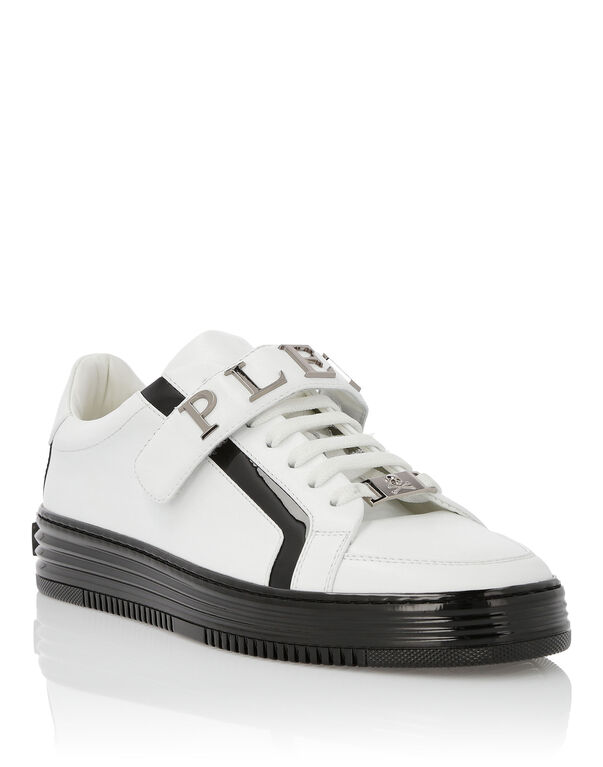 "Lo-Top Sneakers ""Contrast"""