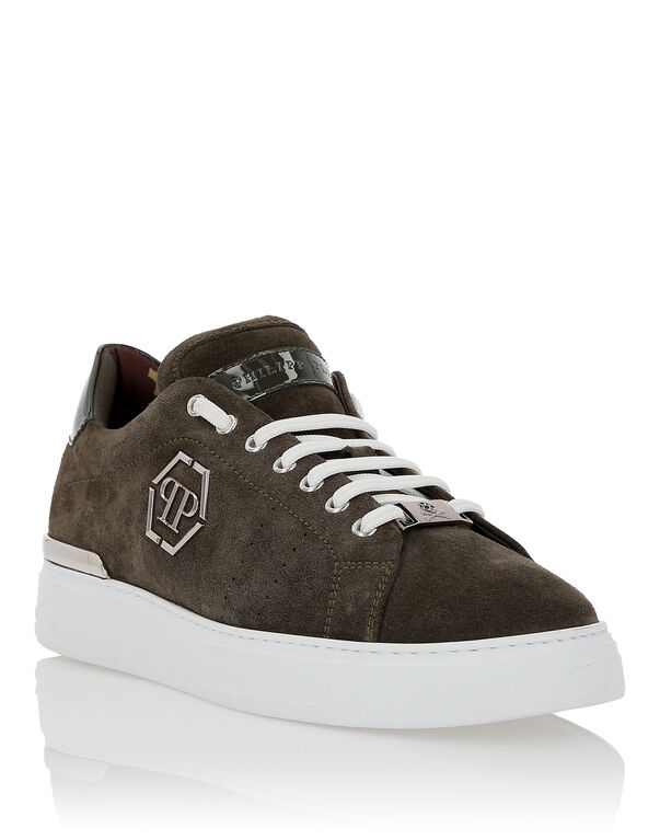 "Lo-Top Sneakers ""Hexagonal"""