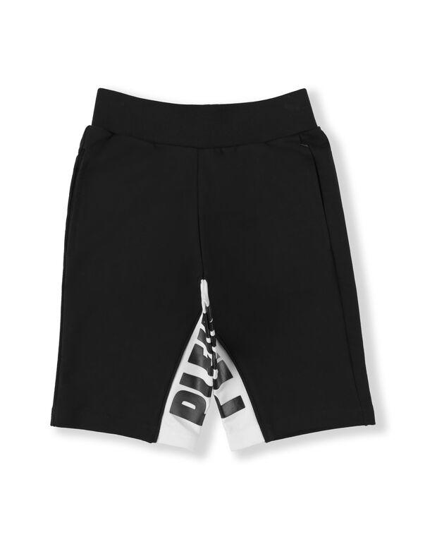 Jogging Shorts Statement