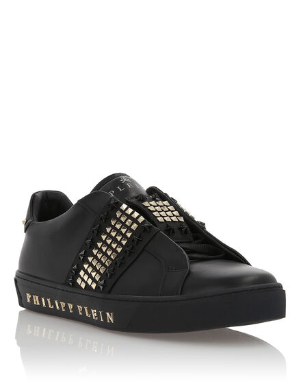 Lo-Top Sneakers Bryant