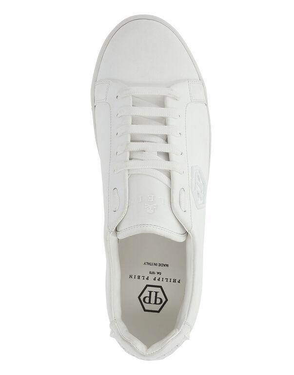 """Lo-Top Sneakers """"Regular"""""""