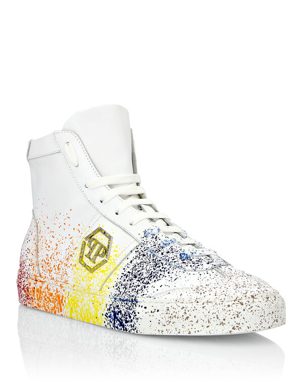 Hi-Top Sneakers Painted