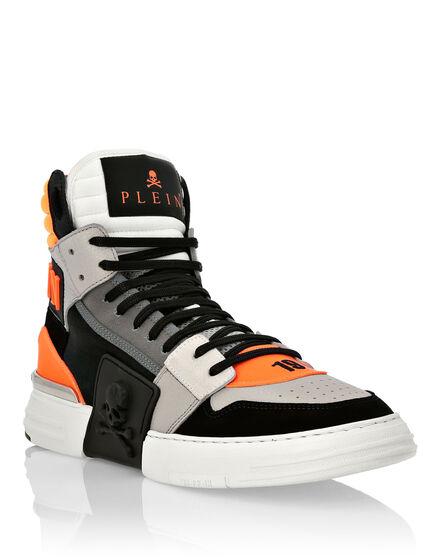Hi-Top Sneakers PHANTOM KICK$ Skull