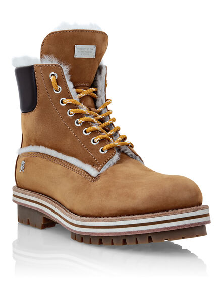 Nabuk Boots with shearling inside The Hunter