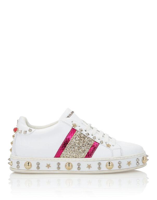 "Lo-Top Sneakers ""Exclusive"""