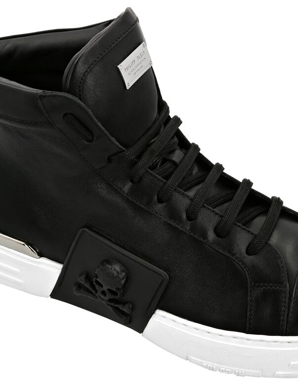 PHANTOM KICK$ Hi-Top Leather Skull