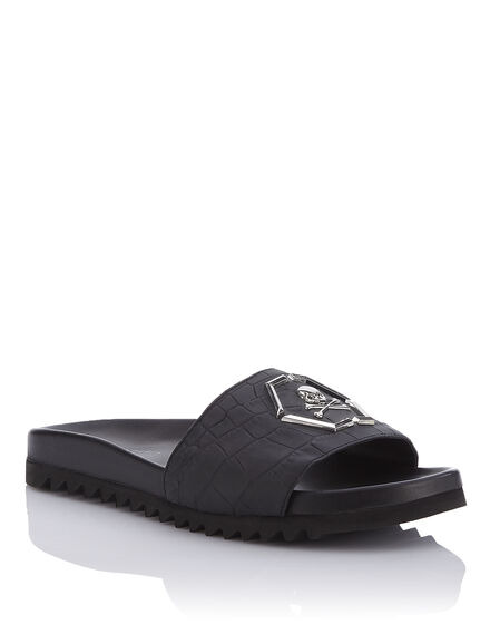 Sandals Flat My life is standing still