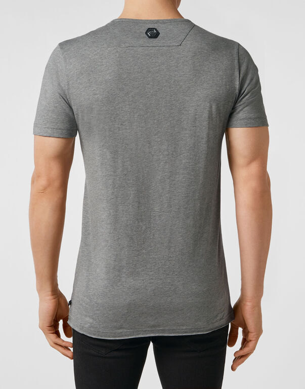 T-shirt Platinum Cut Round Neck Statement