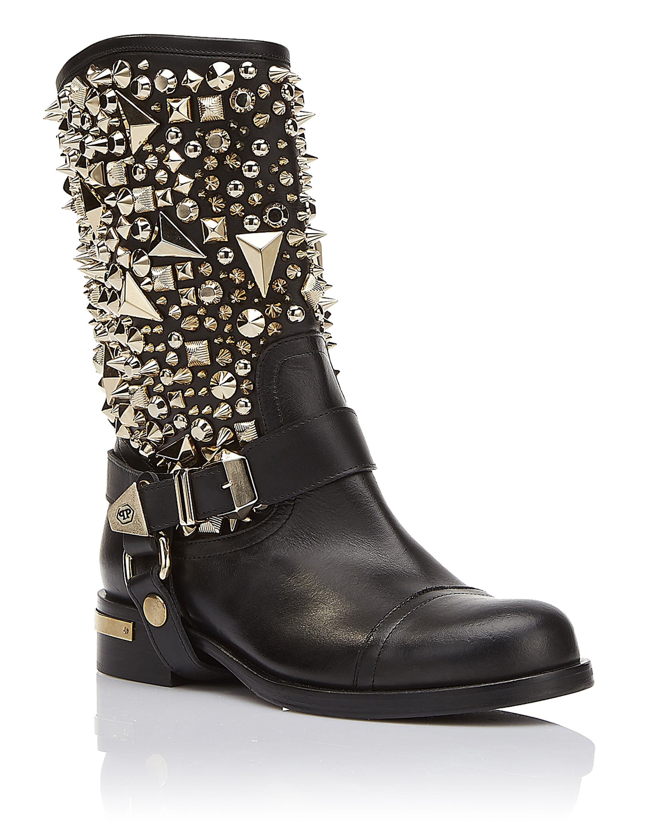 Boots Flat High Strong woman ...