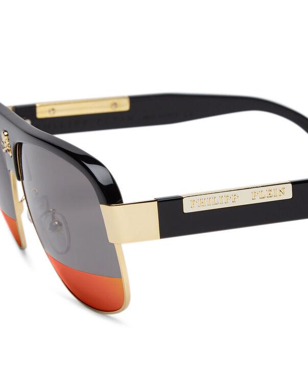 "Sunglasses ""develop"""