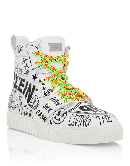 Hi-Top Sneakers Statement