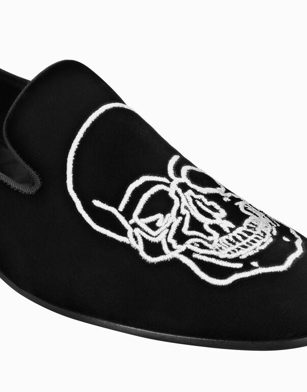 Velvet Loafers Embroidery Skull