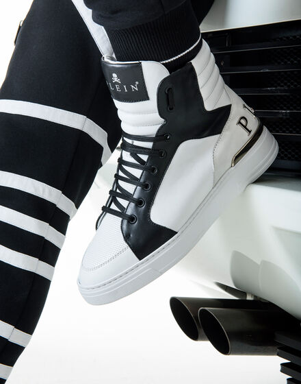 HI-TOP SNEAKERS STRONG EDGES