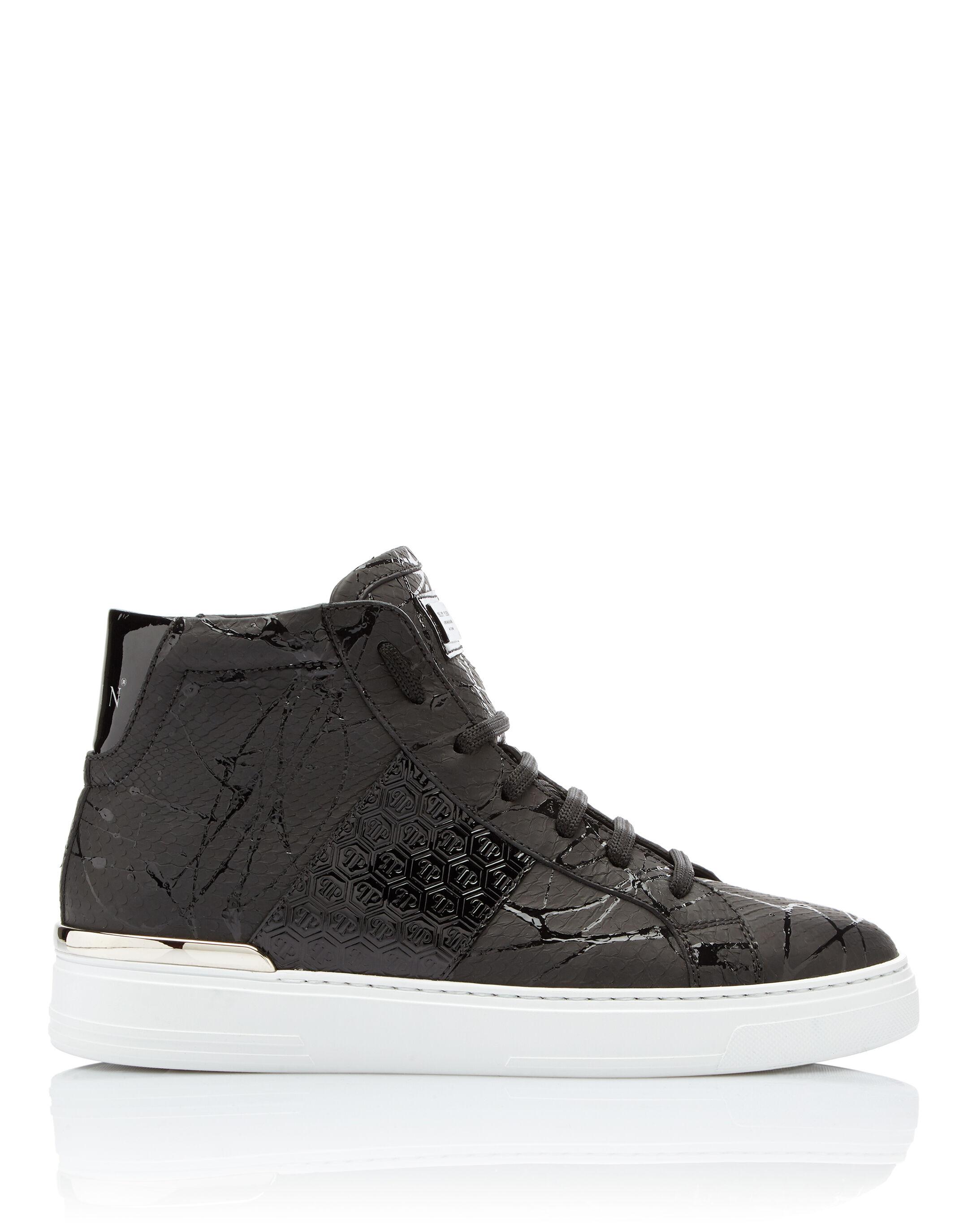 ... Hi-Top Sneakers Black one ...