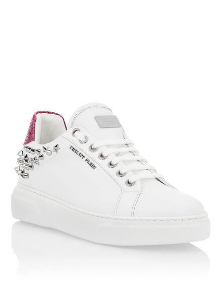 Lo-Top Sneakers So Cute