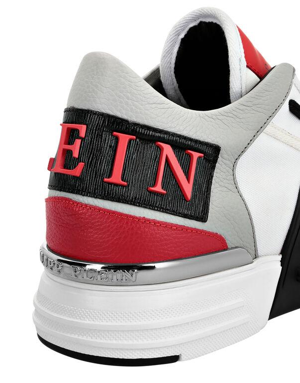 Mid-Top Sneakers PHANTOM KICK$