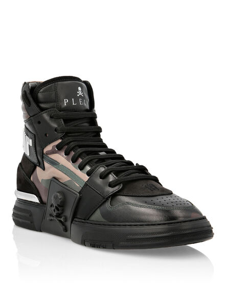 PHANTOM KICK$ Hi-Top Camouflage