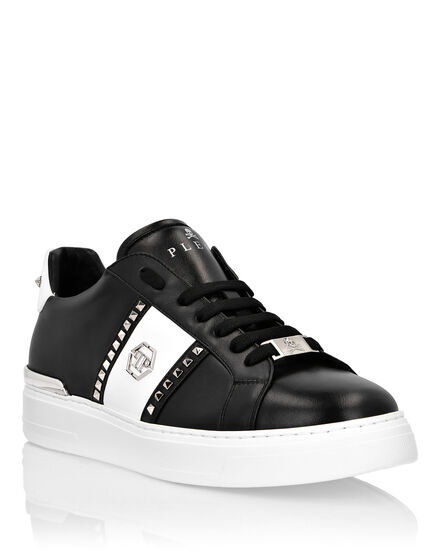 3ea9b193ad5187 Lo-Top Sneakers Statement ...