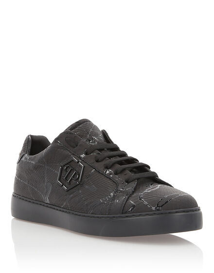 Lo-Top Sneakers Dark Python