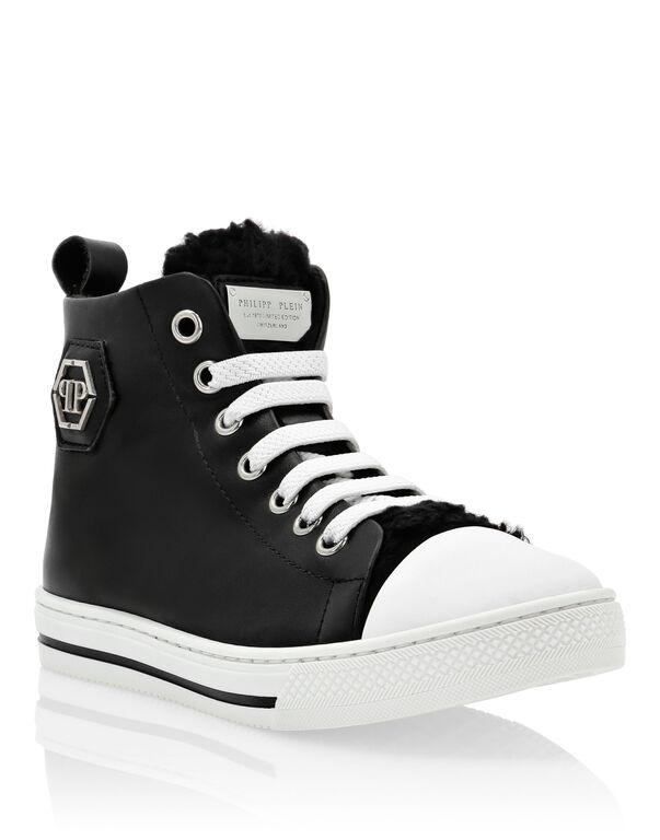 Hi-Top Sneakers Megastar