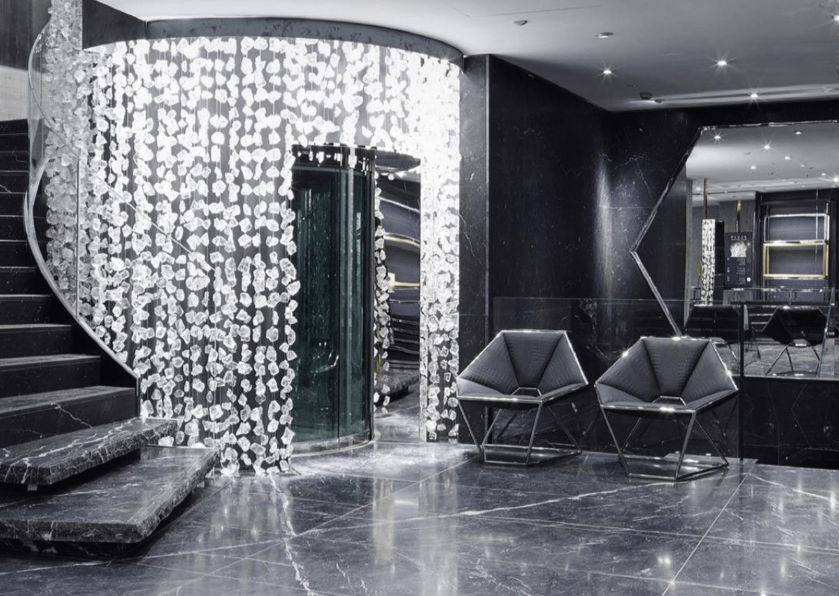 Philipp plein the ultimate fashion luxury e shop for Crystal bar milano