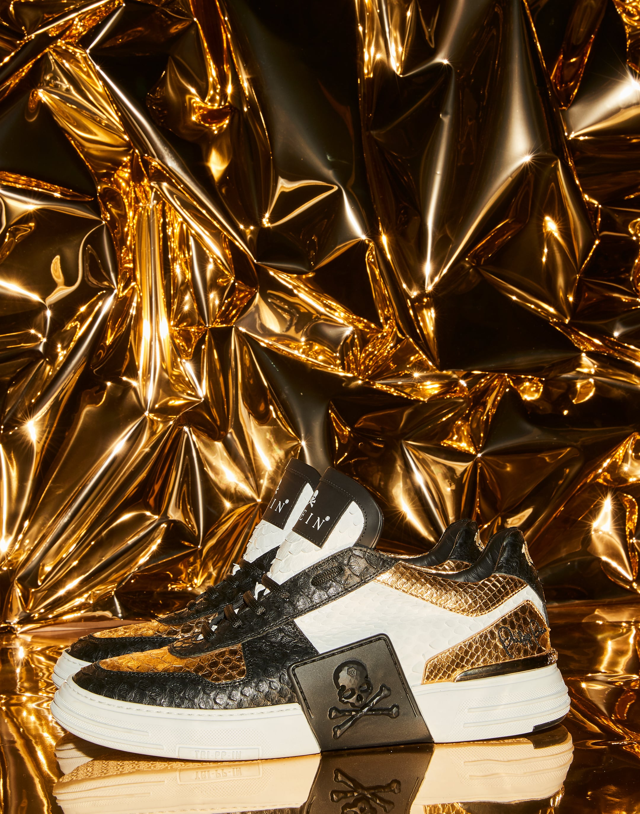 Phantom Kick Lo Top Sneakers Gold Philipp Plein